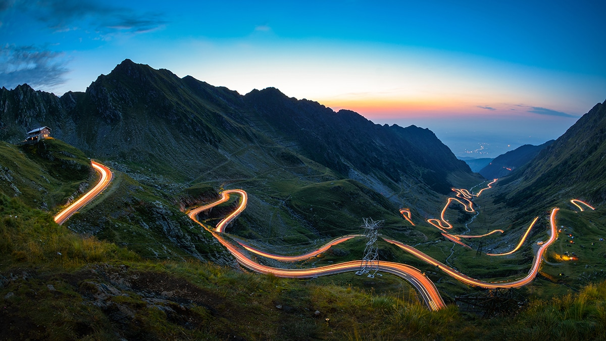 Road symbolic of change management and digital transformation